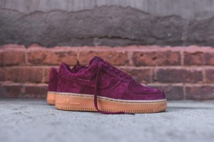 Nike Air Force 1 Low Suede (749263-600)