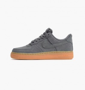 Nike Air Force 1 Low Suede (749263-001)