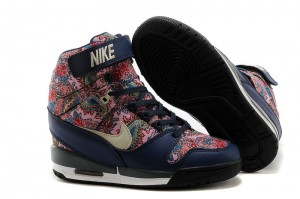 Nike WMNS Air Revolution Sky Hi (599410-200)