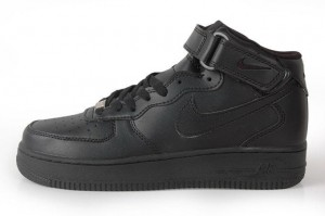"Nike Air Force 1 Mid 07 ""All Black"" (306363-001)"